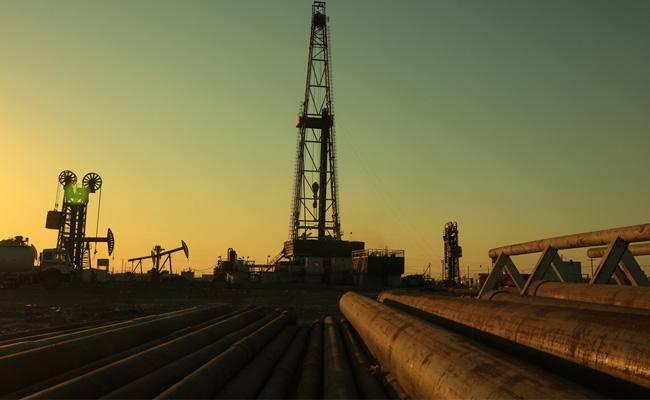 מצבור נפט, ארכיון (צילום: שאטרסטוק)
