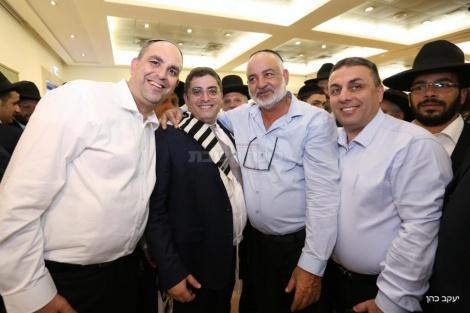 מימין: ראש עיריית לוד יאיר רביבו