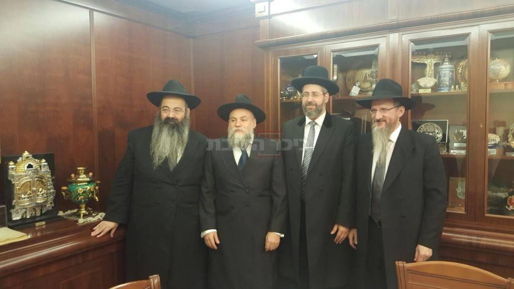 עם הרב הראשי למוסקבה (באדיבות המצלם)