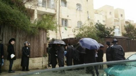 ההפגנה מול ביתו של מקלב (באדיבות המצלם)