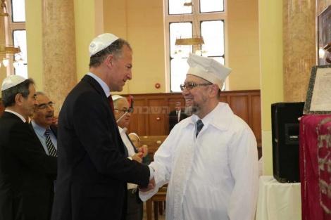 """שגריר ארה""""ב עם הרב יוסף נפוסי"""