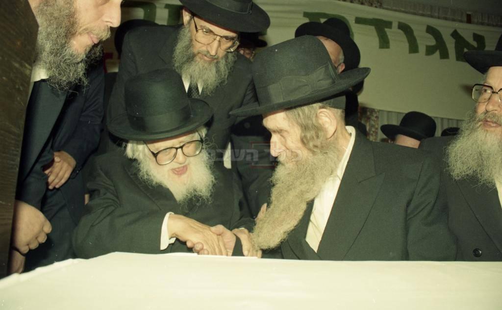 מרן הרב שטיינמן עם מרן הרב שך זצ''ל
