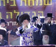 """קהל אלפים בשמחת בית השואבה במישקולץ פ""""ת"""