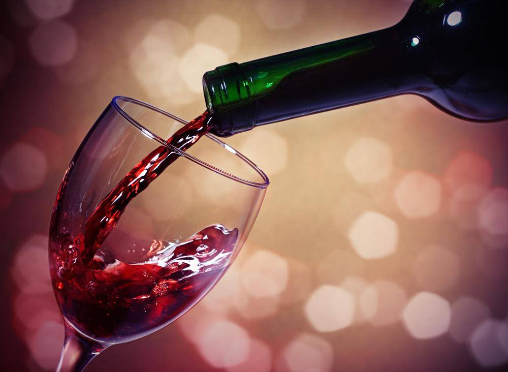אלכוהול לפני השינה, מרדים או מעורר? אילוסטרציה. צילום: שאטרסטוק