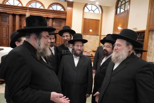 עם ראש ישיבת מבקשי תורה רבי אברהם גליק