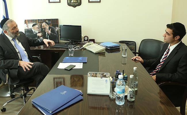 אריה דרעי בראיון לכתב ''כיכר השבת'' ישי כהן
