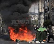 הפגנות סוערות נגד מעצר האשה