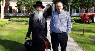 הרב פדווא יחד עם יעקב כהן, בעלים – תור פלוס.