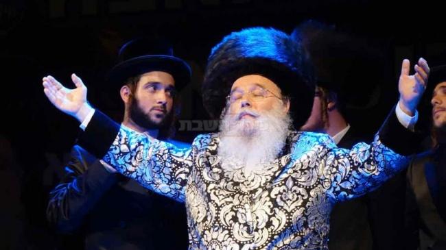 """האדמו""""ר ממישקולץ. - מישקולץ פ""""ת: 50 אלף איש בשמחה הגדולה בישראל"""