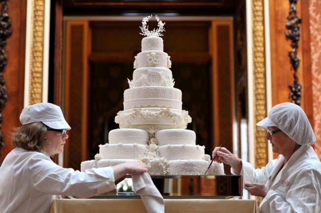 העוגה של הנסיך וויליאם וקייט מידלטון - 2011