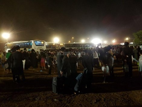 ההמונים בחניון במירון (צילום: באדיבות המצלם)