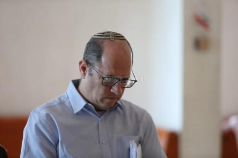 העותר שי נתן (צילום: חיים גולדברג, כיכר השבת)