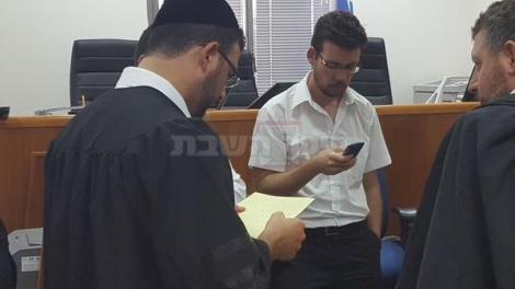 """עו""""ד יואב ללום עובר על ההסכם"""