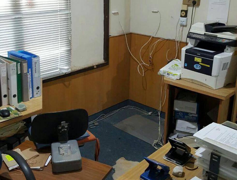 המקום ממנו נגנבה הכספת (צילום: מתוך ynet)
