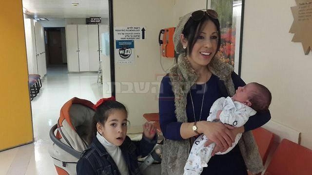 רחל מאמו וילדיה (צילום: רעות צימרמן - ynet)