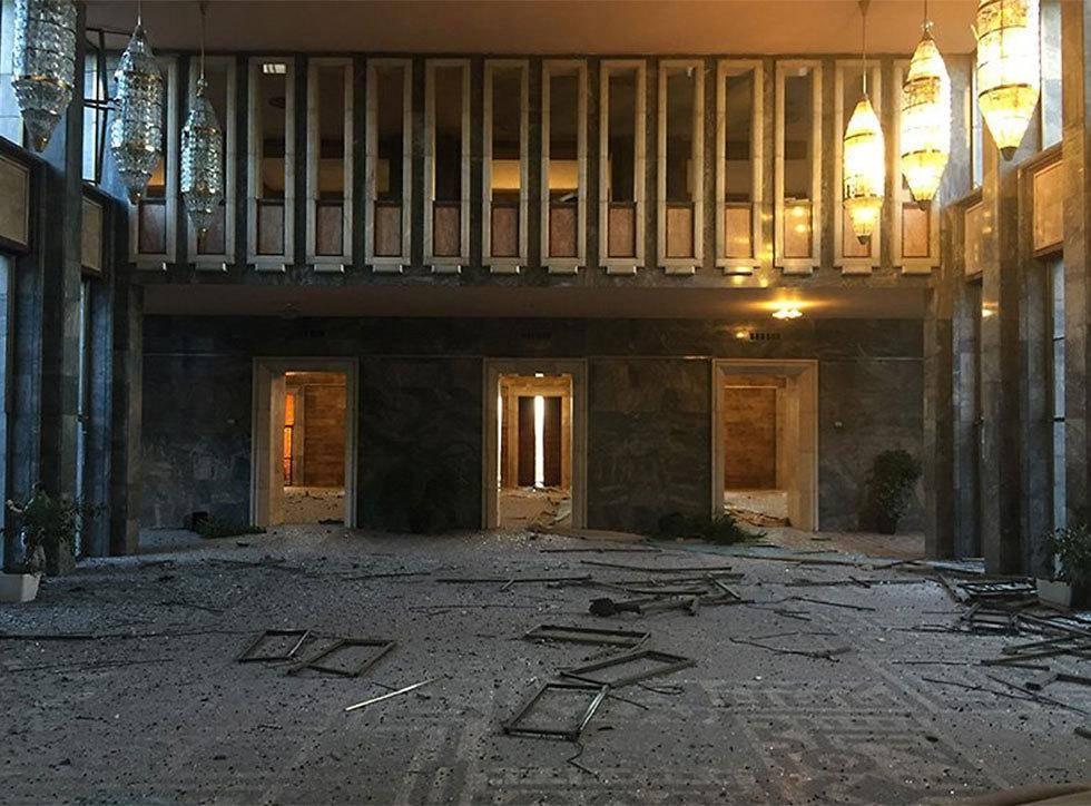 הרס בפרלמנט