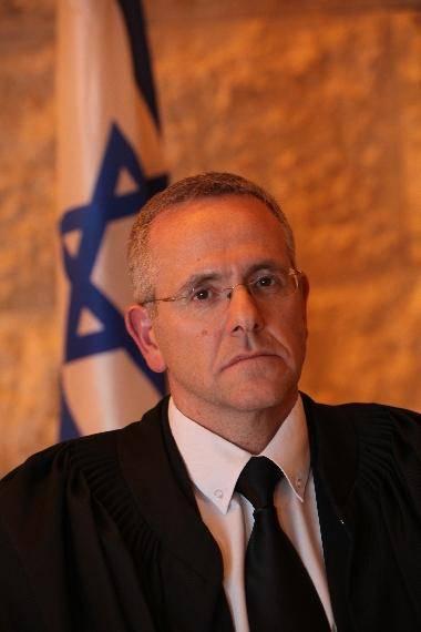 השופט דוד מינץ (אתר בית המשפט)