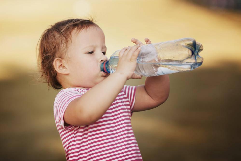 שתו הרבה מים למניעת השמנה. אילוסטרציה. צילום: שאטרסטוק