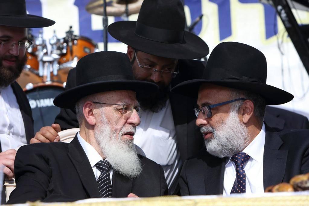 אייל משיח עם נשיא המועצת הגר''ש כהן (צילום: יעקב נחומי)