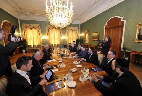 פגישת המשלחת עם נשיא סלובקיה איוואן גספרוביץ