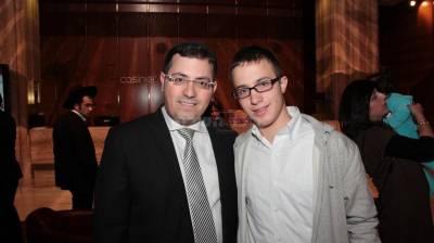 הצלם שלומי כהן והזוכה יעקב ישראל עמאר