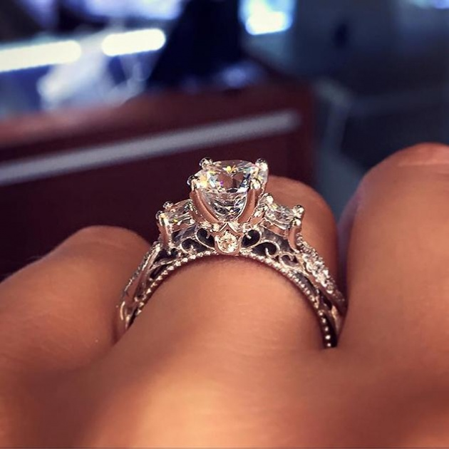 טבעת האירוסין הכי פופולרית באינטרנט