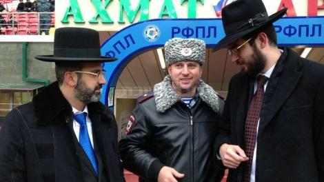 """הרב נפתלייב והרב לוין עם מפכ""""ל המשטרה"""