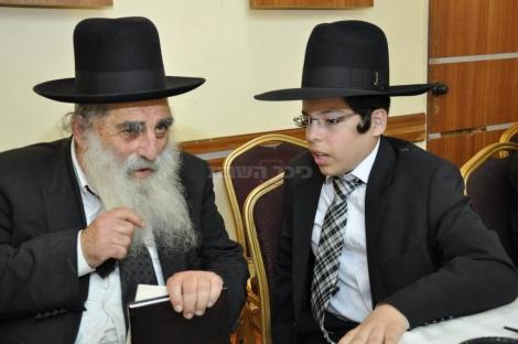 עם הגאון ר' מנחם צבי ברלין, ראש ישיבת ר' חיים עוזר