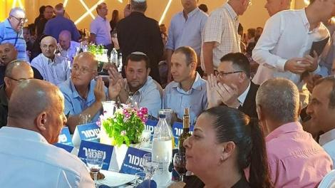 הבכירים בכינוס (צילום: אסף מגל)