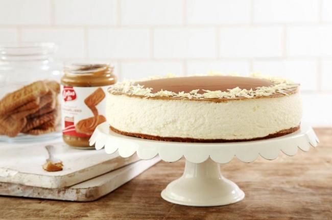 עוגת לוטוס, גבינה ושוקולד לבן.