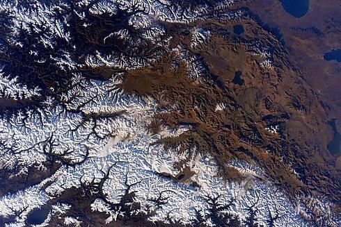 הרי ההימליה (מתוך חשבון הטוויטר של Scott Kelly)