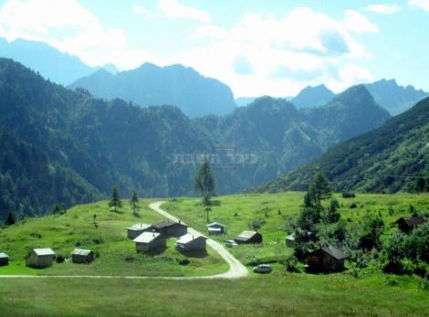 בדרך מאגם פדיה למלגה סיאפלה