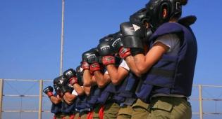 שוטרים התאמנו: איך עוצרים החרדים?