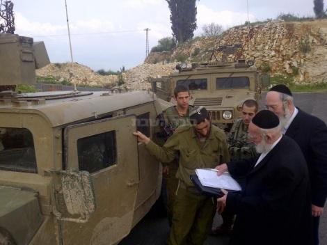 הרב מנשה אייכלר בפעילות למען המקומות הקדושים