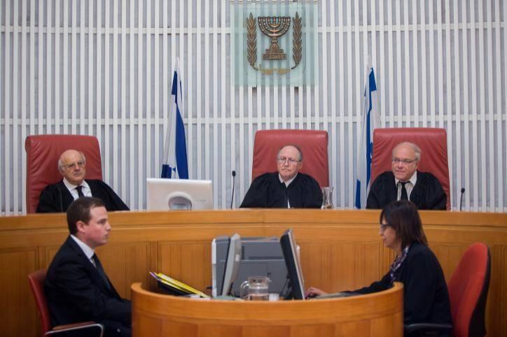 שופטי בית המשפט העליון (צילום:יונתן זינדל פלאש 90)