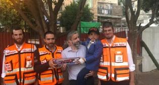 הילד שהתחשמל וחזר לחיים -  בפגישה עם המתנדבים שהצילו את חייו