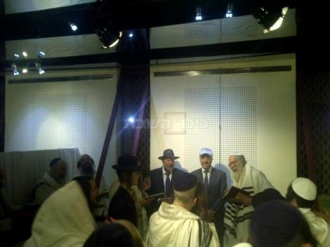 הרב ברלנד בתפילת ערבית