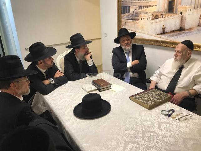 מי רואה אותם יוצאים - גדולי ישראל הוזמנו למעמד סיום הש״ס בארנה