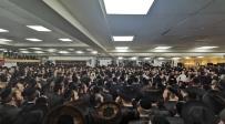 צפו: ריקוד ה'שורות' בקהילת המתמידים