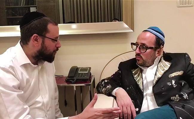 ליפא בראיון לכתב ''כיכר השבת'' ישראל כהן (צילום: כיכר השבת)