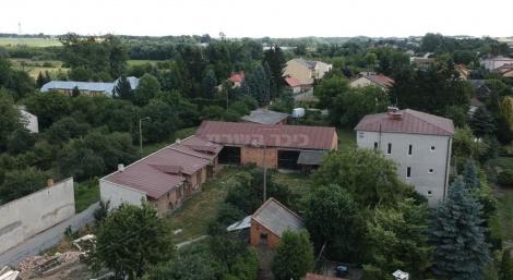צילום אוויר של השטח של בית העלמין