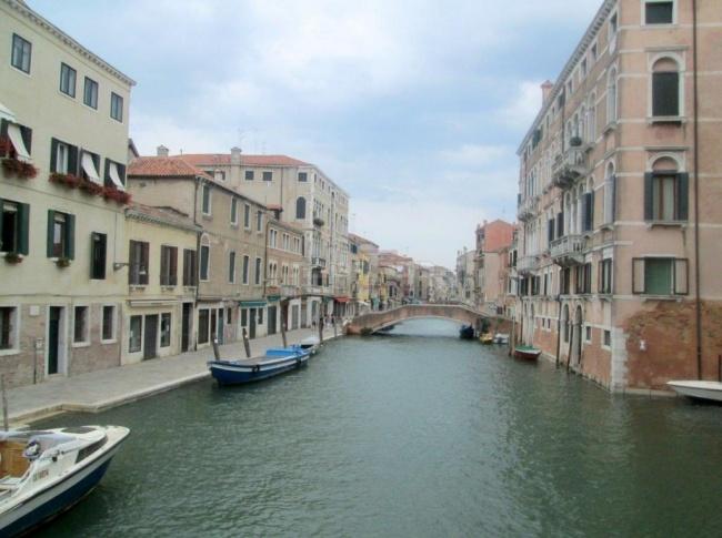 תעלת ג'יאורלמו ליד הגטו