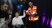 קסם של הצלת חיים: באמצע קסם רץ להציל חיים
