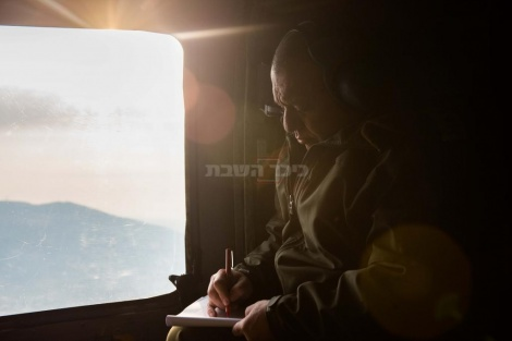 """הרמטכ""""ל במהלך טיסה לפיקוד הצפון"""