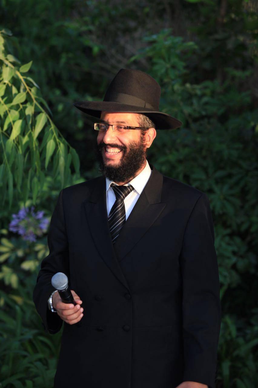 רב בית הכנסת (באדיבות המצלם)