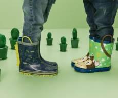 נעליים חדשות מבית ווי-שוז. - מתחילים את השנה ברגל ימין עם נעליים חדשות