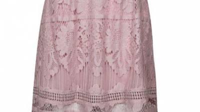 """רנואר חצאית קרושה 169.90 ש""""ח. צילום: אלעד חזקי"""