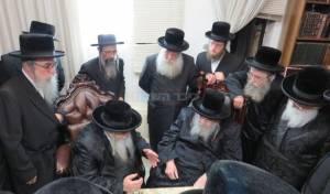 הרבי מבעלזא ביקר אצל הרבי משומרי אמונים