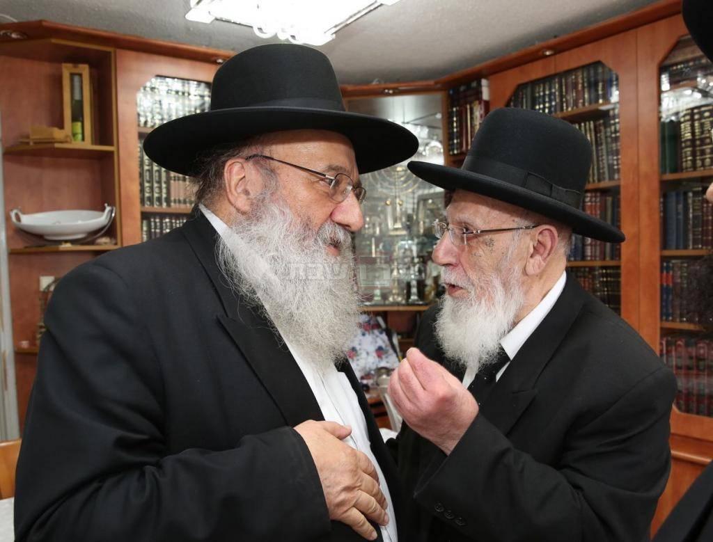 הגר''ש כהן ורבי ברוך סולובייצ'יק (צילום: כיכר השבת)