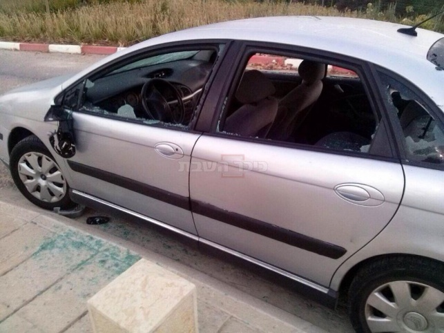 שוב: רכבים הושחתו בבית העלמין 'תל רגב'